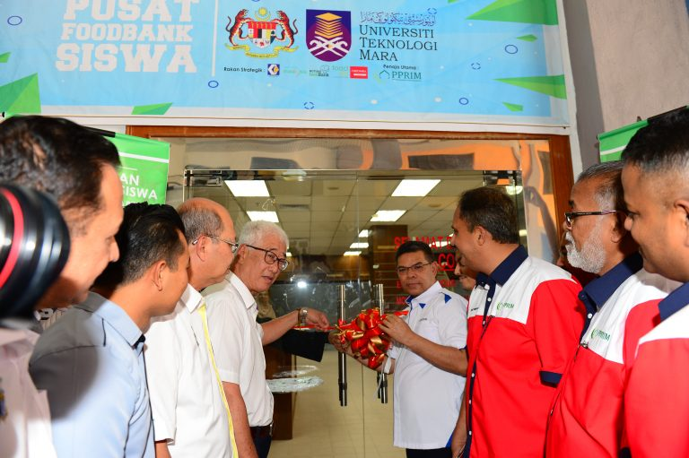 Universiti Teknologi MARA (UiTM) Permatang Pauh Food Bank Siswa Program Launching